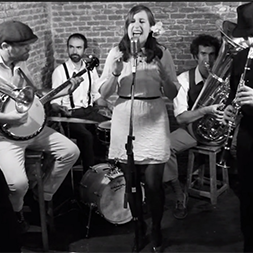 Lola Dixieland